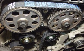 Ремонт двигателя после обрыва ремня ГРМ фото