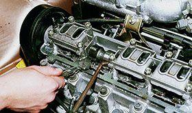 Как отрегулировать клапаны двигателя