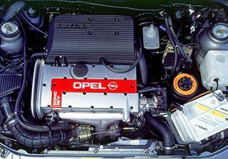 Ремонт двигателя Opel Vectra B фото