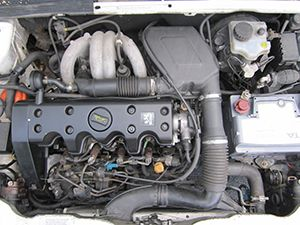 Ремонт двигателя Peugeot 308 фото