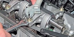 Регулировка зазоров клапанов двигателя