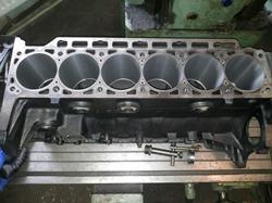 Гильзовка блока цилиндров BMW в engine-repairing.ru