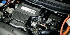 Гибридный двигатель автомобиля